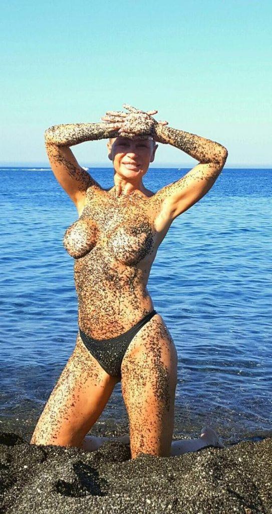Todas Las Veces Que Pudimos Ver A Marlene Mourreau Desnuda