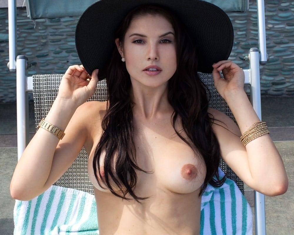 Hayley orrantia nude pics-3593