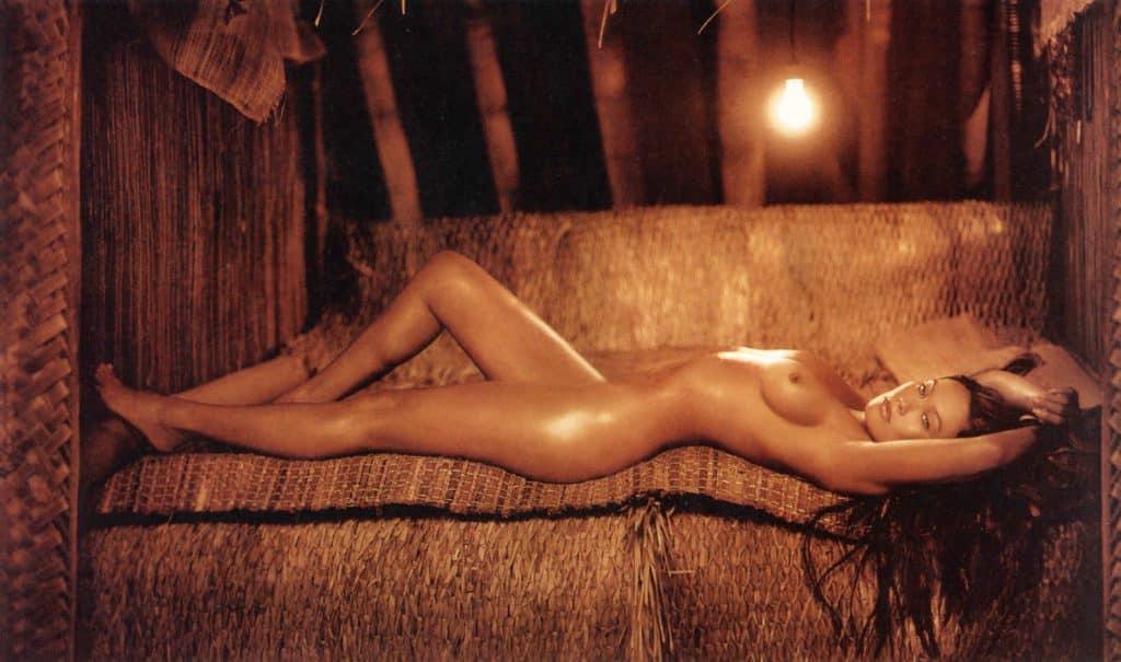 Tia Carrere Desnuda En Sus Fotos Más Impresionantes Y Calientes
